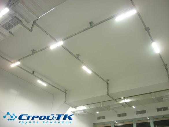 Проектирование, поставка и монтаж светодиодного освещения в спортивном зале.